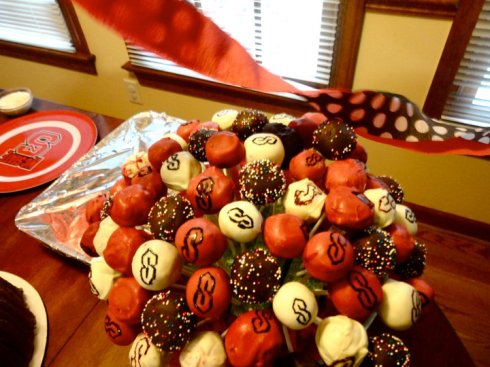 NC State Cake Pops