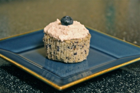 Blueberry Cupcake, in all its monochromatic glory.