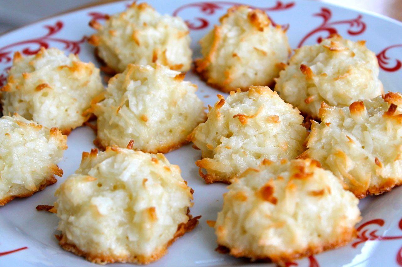 Coconut Macaroon Cookies | Wine & Plum